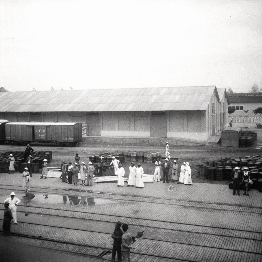 Lobito, 1937 - le quai et les wagons de la CFB