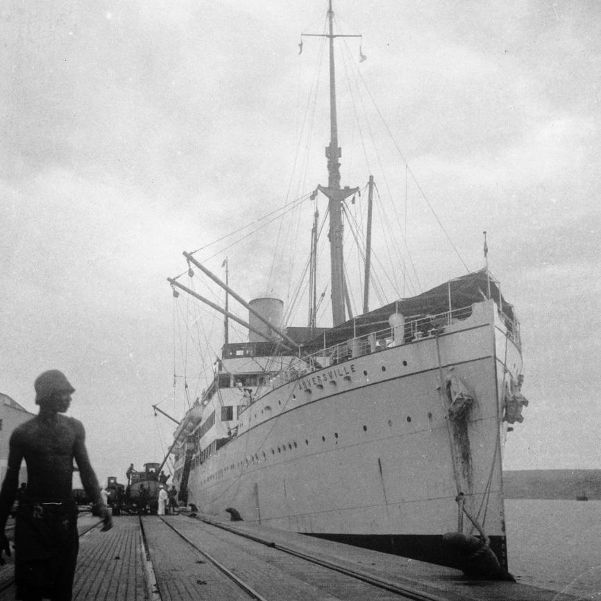 Lobito, 1937 - le ss ANVERSVILLE fait escale